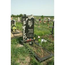 памятник гранитный крест с розами №53