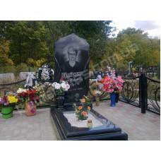 Элитный памятник с резной надгробной плитой №58