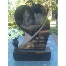 гранитный памятник сердце №72