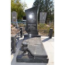гранитный памятник с надгробной плитой №82