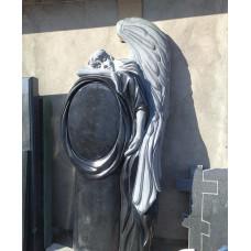 гранитный памятник в виде ангела №89