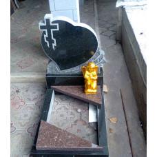 Памятник из гранита детский в форме сердца