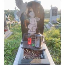 Памятник из гранита детский с ангелом
